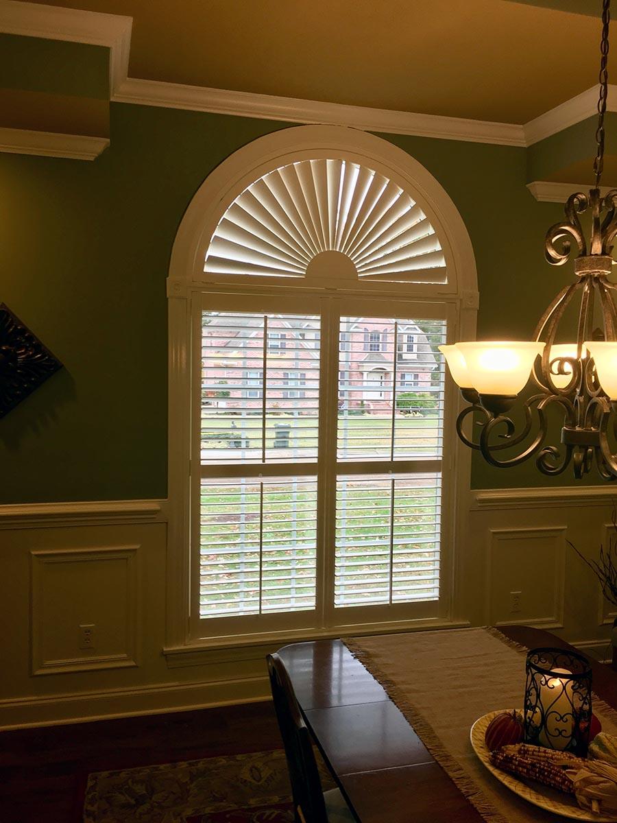 fan-dining-room-shutters